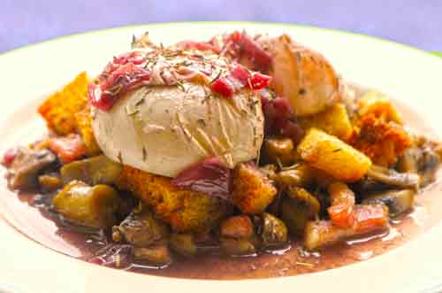 Eggs in red wine sauce